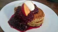 Spelt and banana pancakes with no-sugar apple-berry compote and fat-free yoghurt